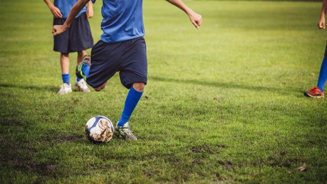লন্ডনে মানসিক স্বাস্থ্য সমস্যা মোকাবিলায় খেলাধুলা প্রকল্পের আওতায় ফুটবল টুর্ণামেন্ট 1